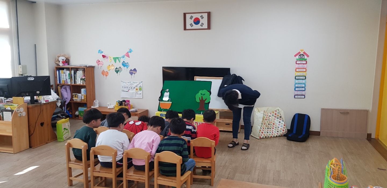 안동시 동부초병설유치원 원아대상 막대인형극 교육